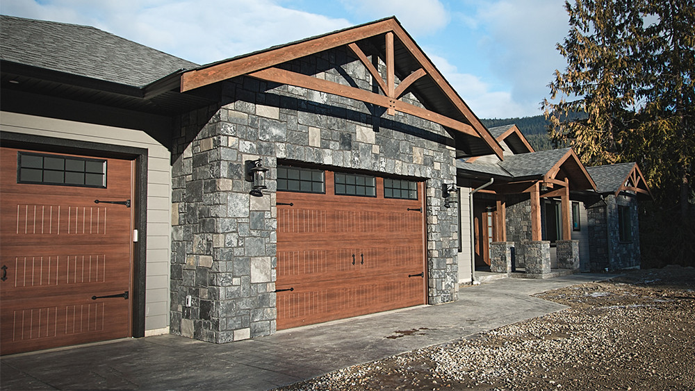 shuswap home builder garage